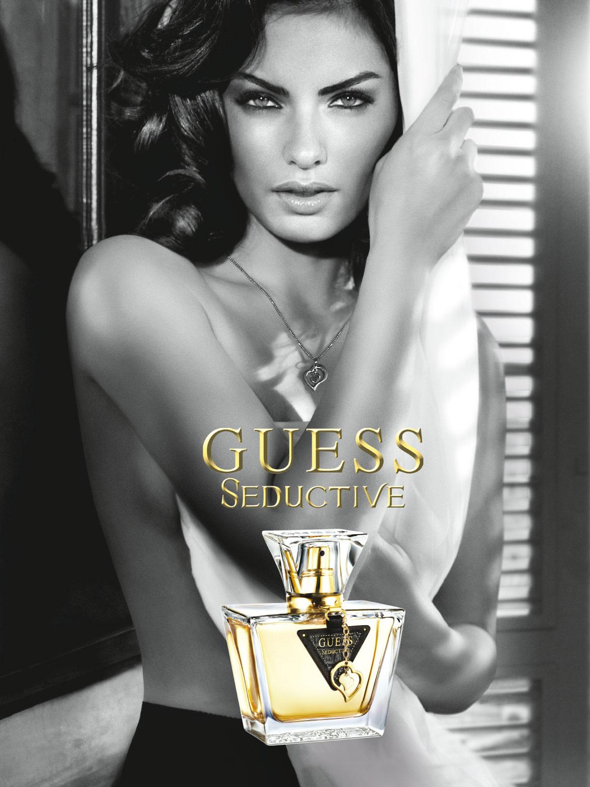 Ein Bild des Guts Seductive Parfume Visuals