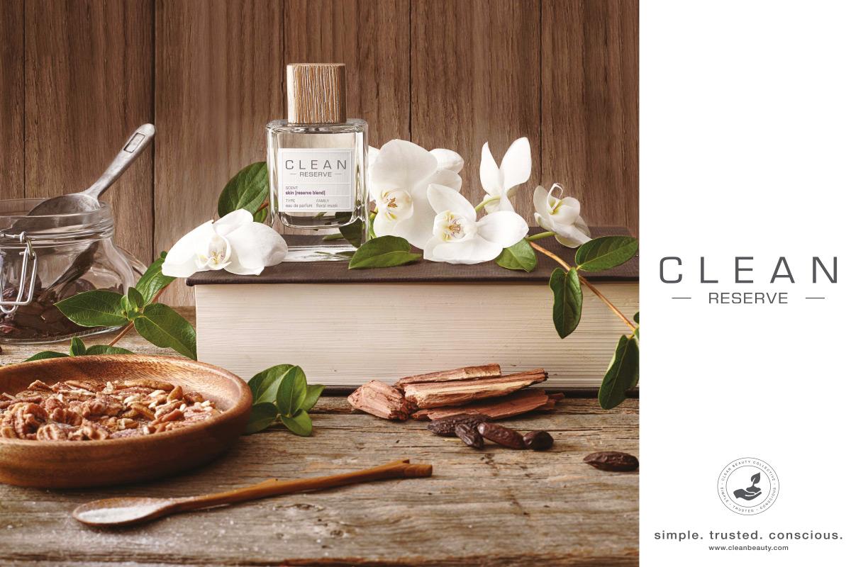 Ein Bild des Clean Reserve Parfume Produkt Visuals